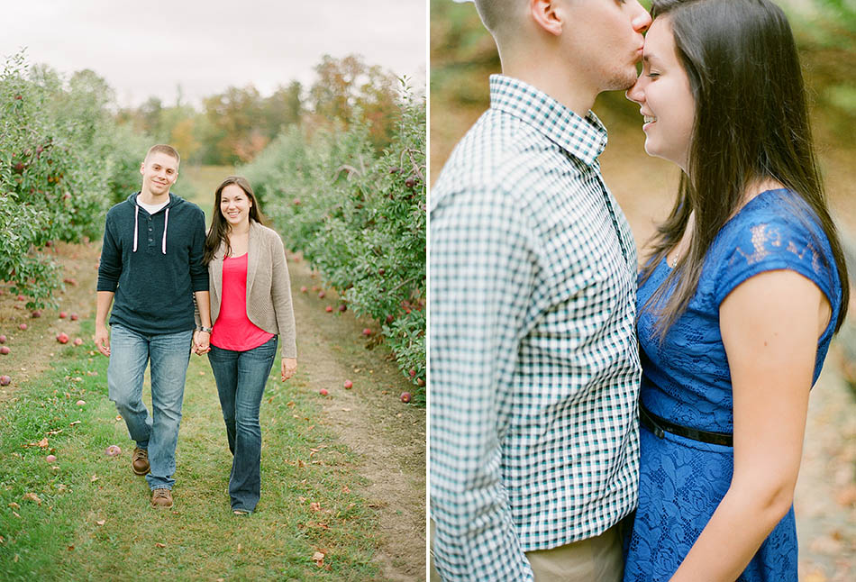 An autumn engagement session at Patterson's Fruit Farm with Diane and Joe