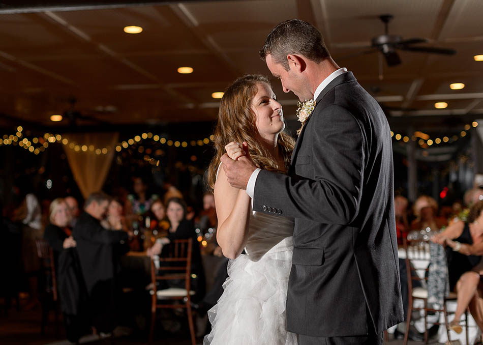 A autumn wedding at the Hillbrook Club with Carolyn and Jason