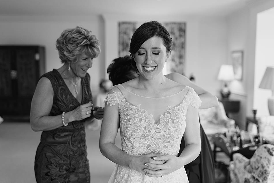 Kirtland Country Club wedding photography with Anna and Bryan