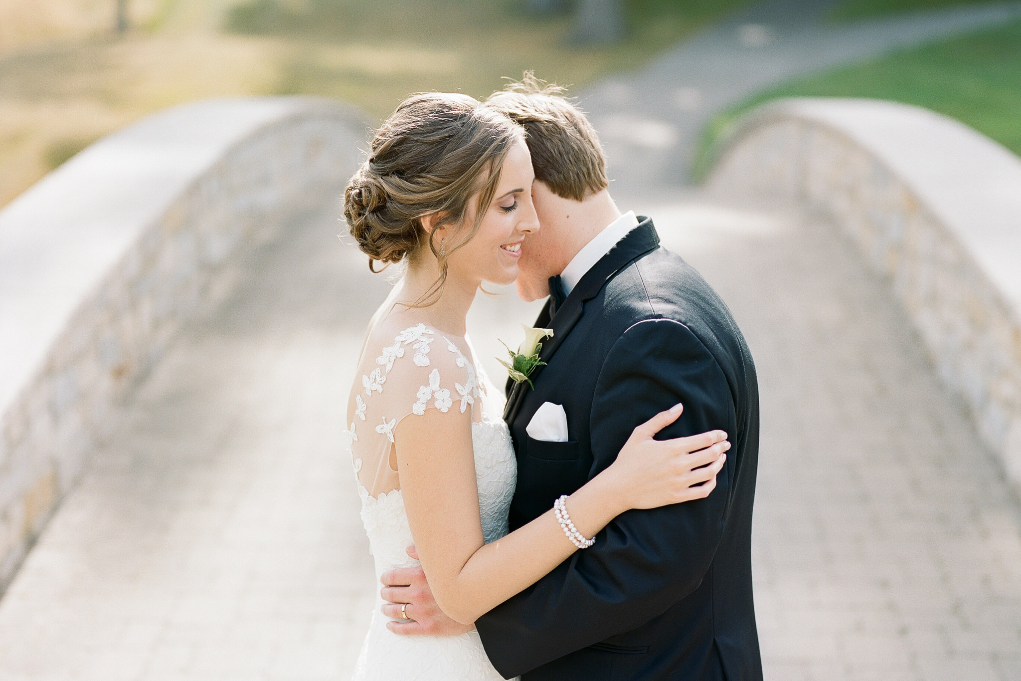 Downtown Columbus wedding photos by Columbus wedding photographer Hunter Photographic